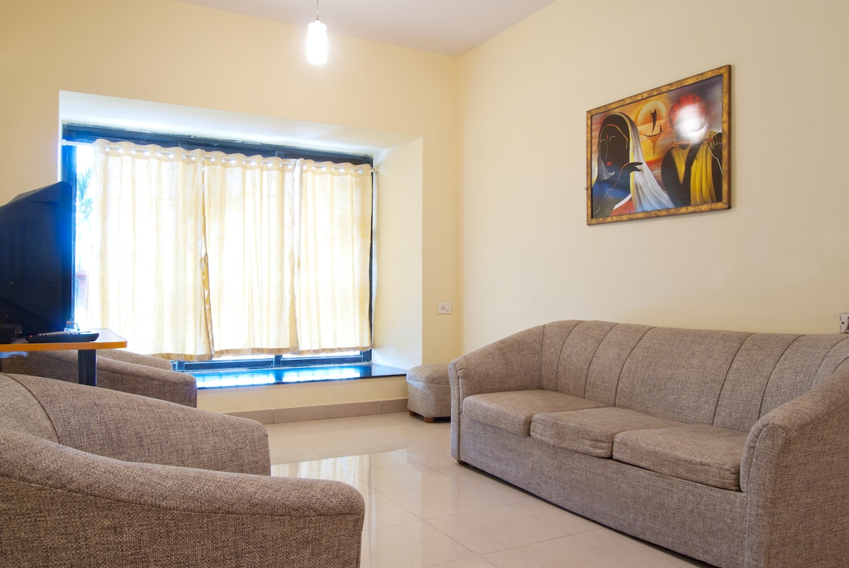 2 BHK apartment with free parking