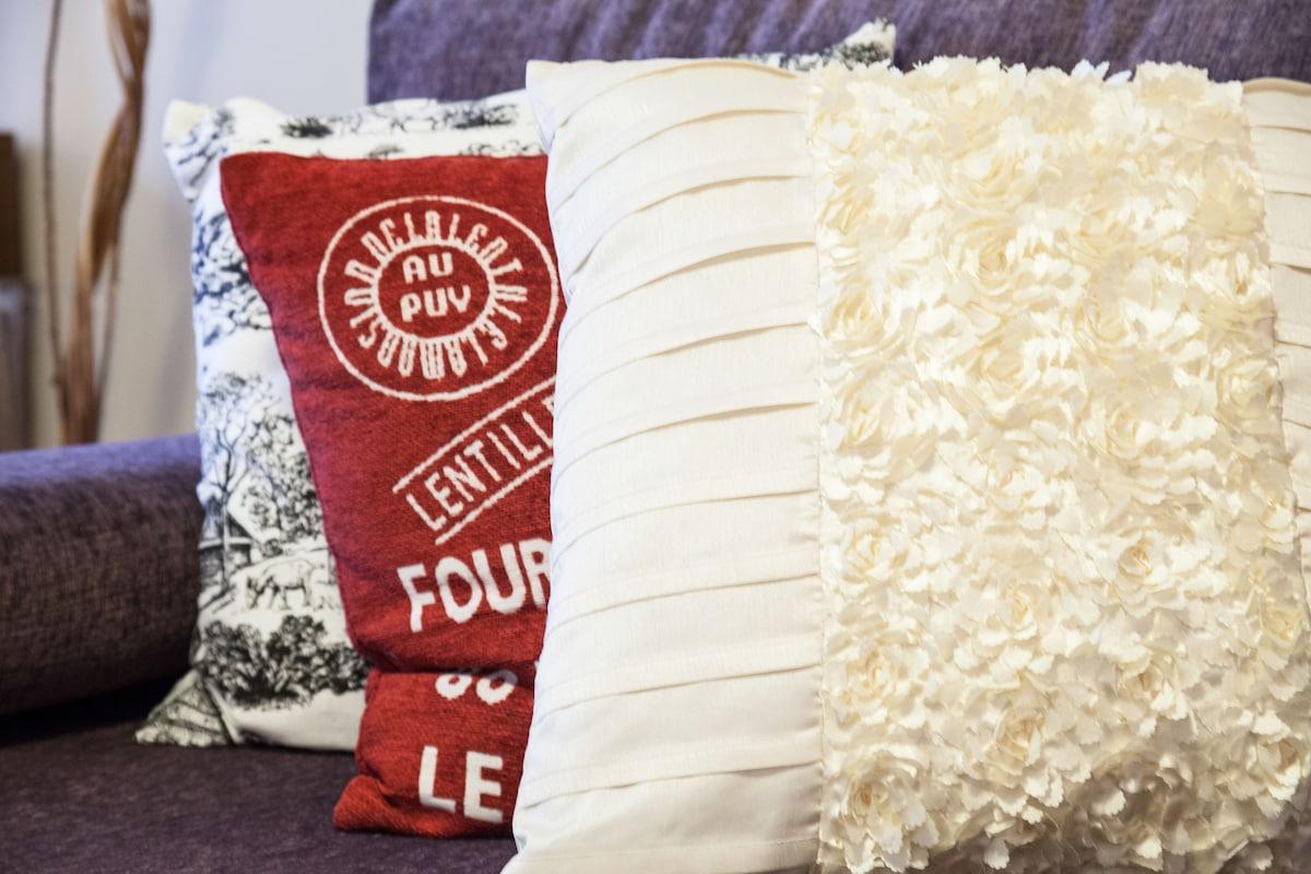 Full of colourful cushions!