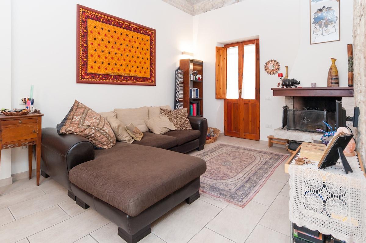 Fullsize bedroom in the centre