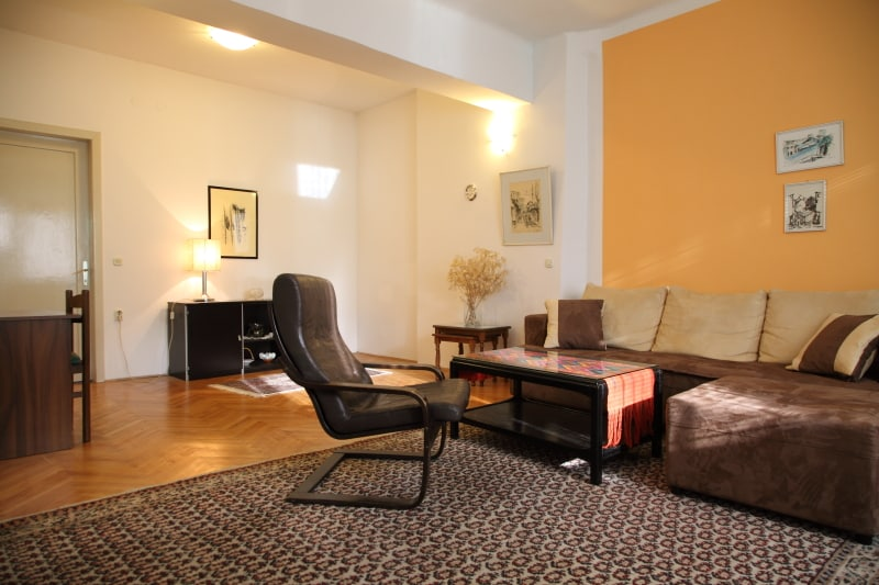 Spacious Flat in city epicenter