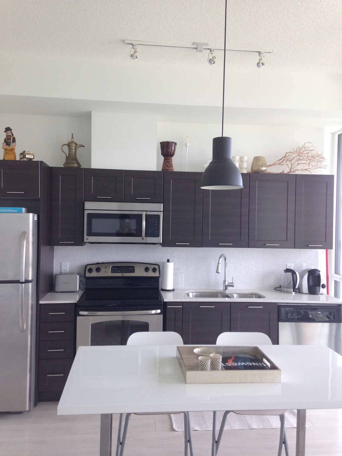 Beautiful modern fully equipped kitchen