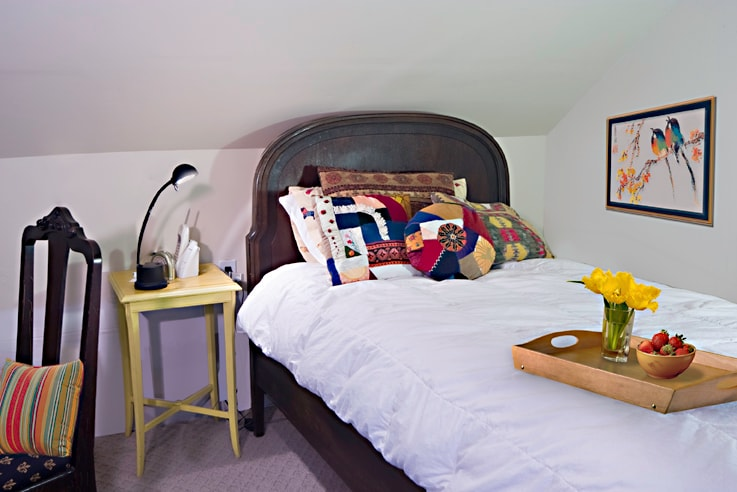 2nd bedroom bed for second or third guest; air mattress available on request.