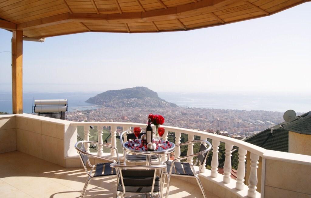 Bektas Sea View Villa 1, Alanya.