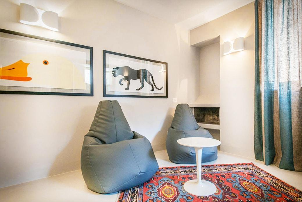 I love italian design! Anatomical easy-chair by ZANOTTA and Art Edition by E. MARI.