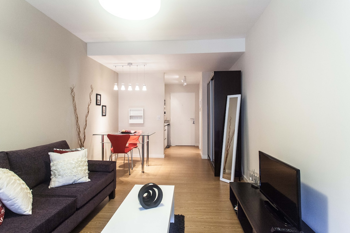 Quiet and beautiful apt. The perfect place for your stay!