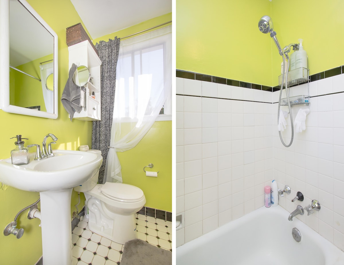 Our single happy green bathroom is a simple little thing, but it's quite nice to be in. I, personally, believe that restrooms should be a comfortingly clean space and have everything you might need within arm's reach. So that's how we keep it: clean and s
