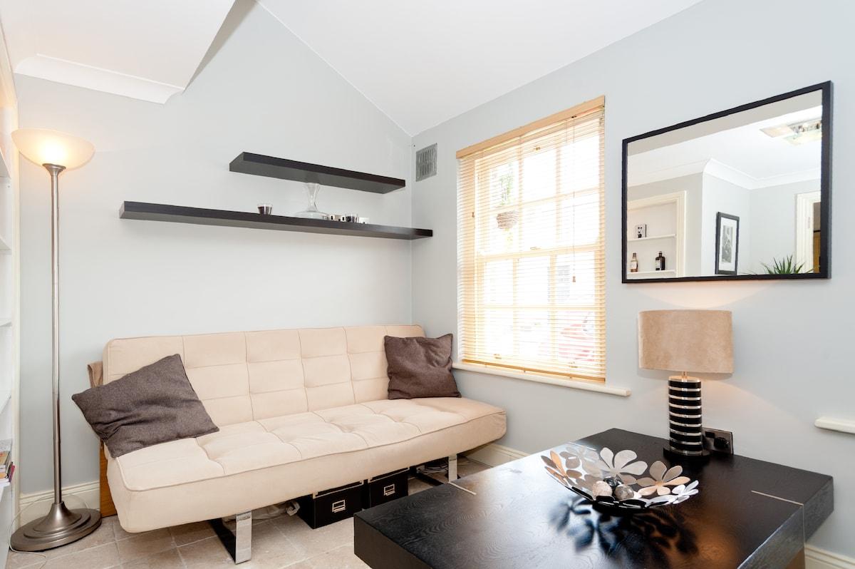 BoConcept convertible sofa - very nice!