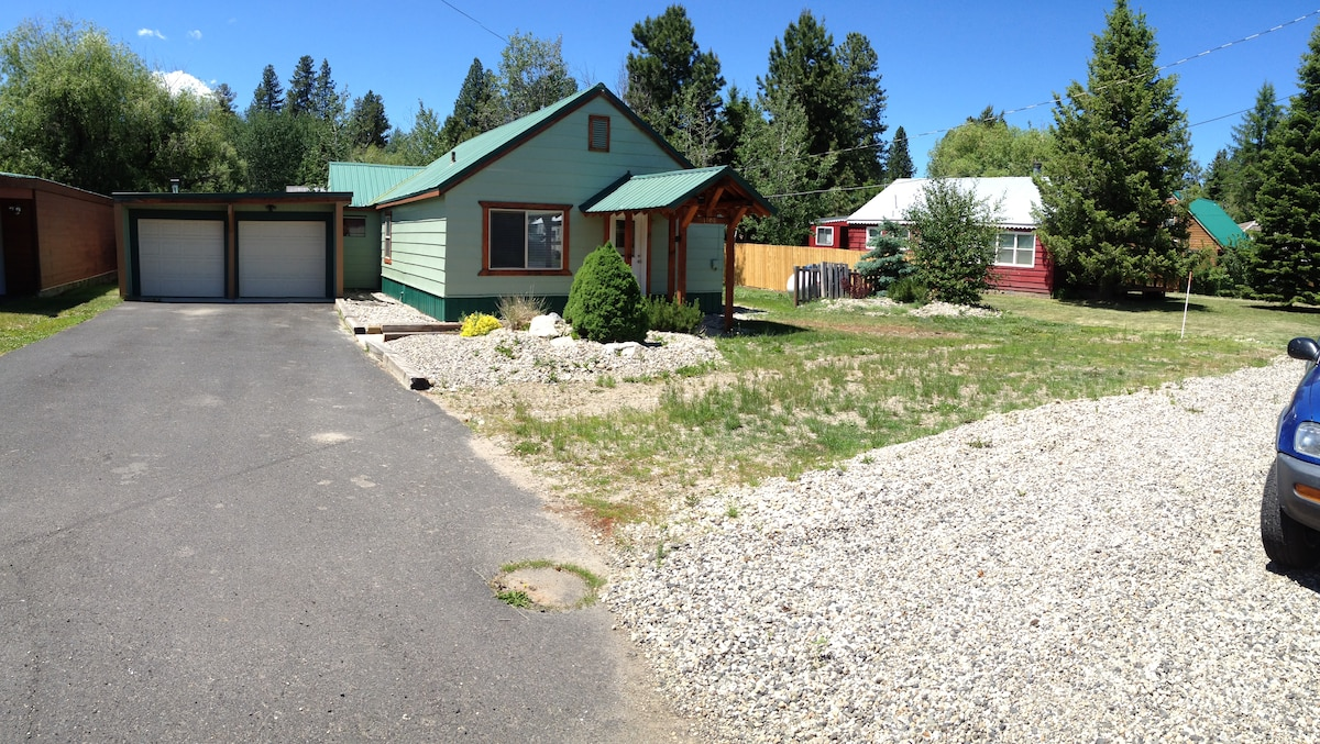 """""""The Compound"""" McCall Rental"""
