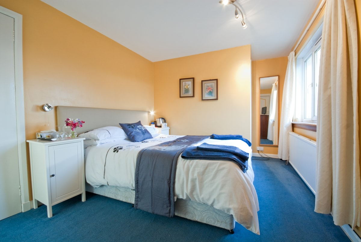 St Andrews Seggie Farm B&B - Double