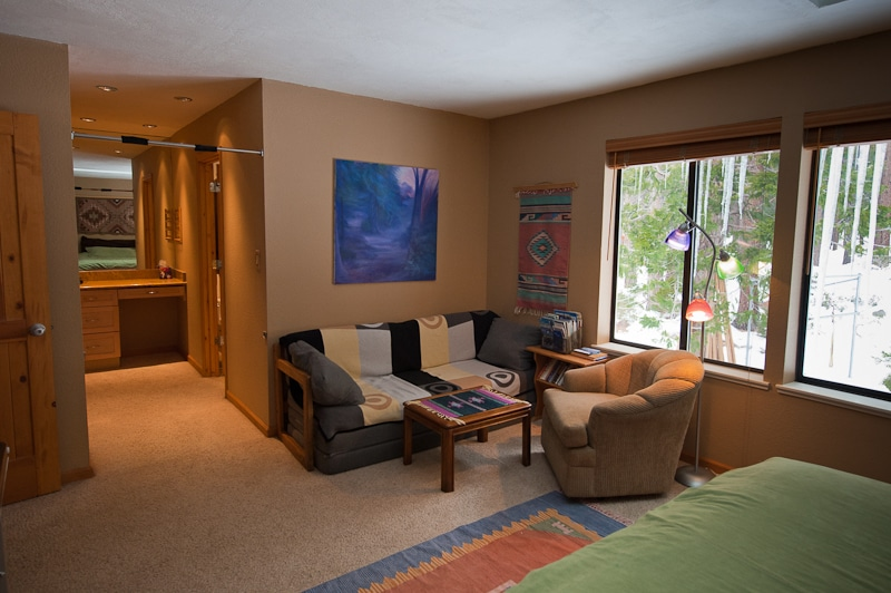 Sitting area expands room and privacy options