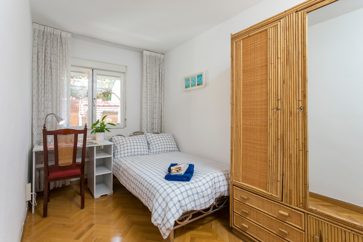 Single room in cosy appartment