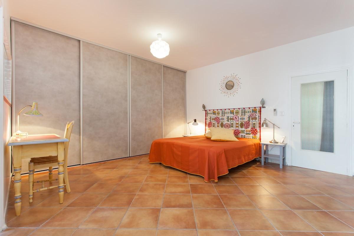 Appart style loft plein centre