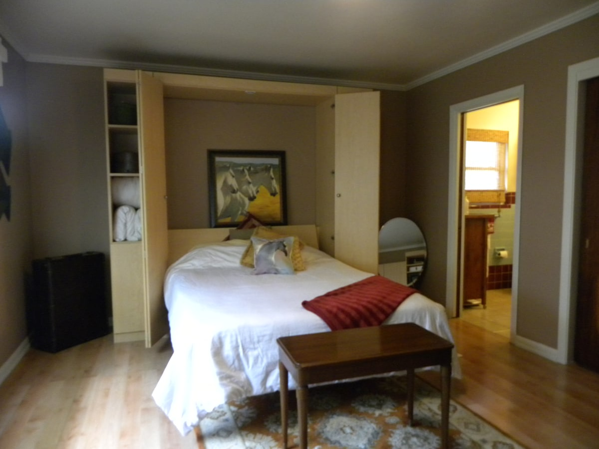 Queen bed with full bathroom attached