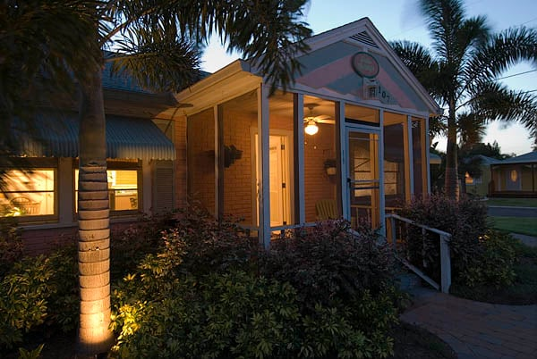 Palm Cottage! Imagine yourself on this porch!