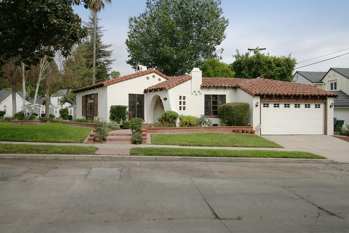 Beautiful 2BR House in LA/Glendale