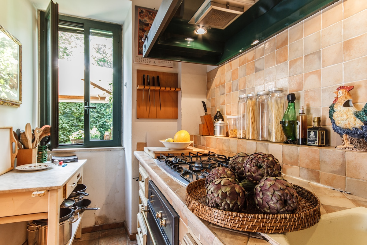 Luxury kitchen with everything you need for a charming dinner
