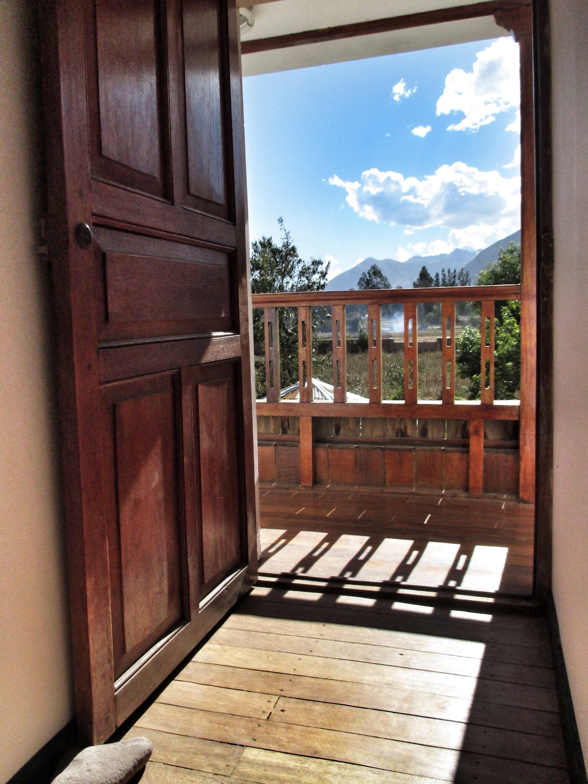 Sunny Balcony with an epic view of the mountains