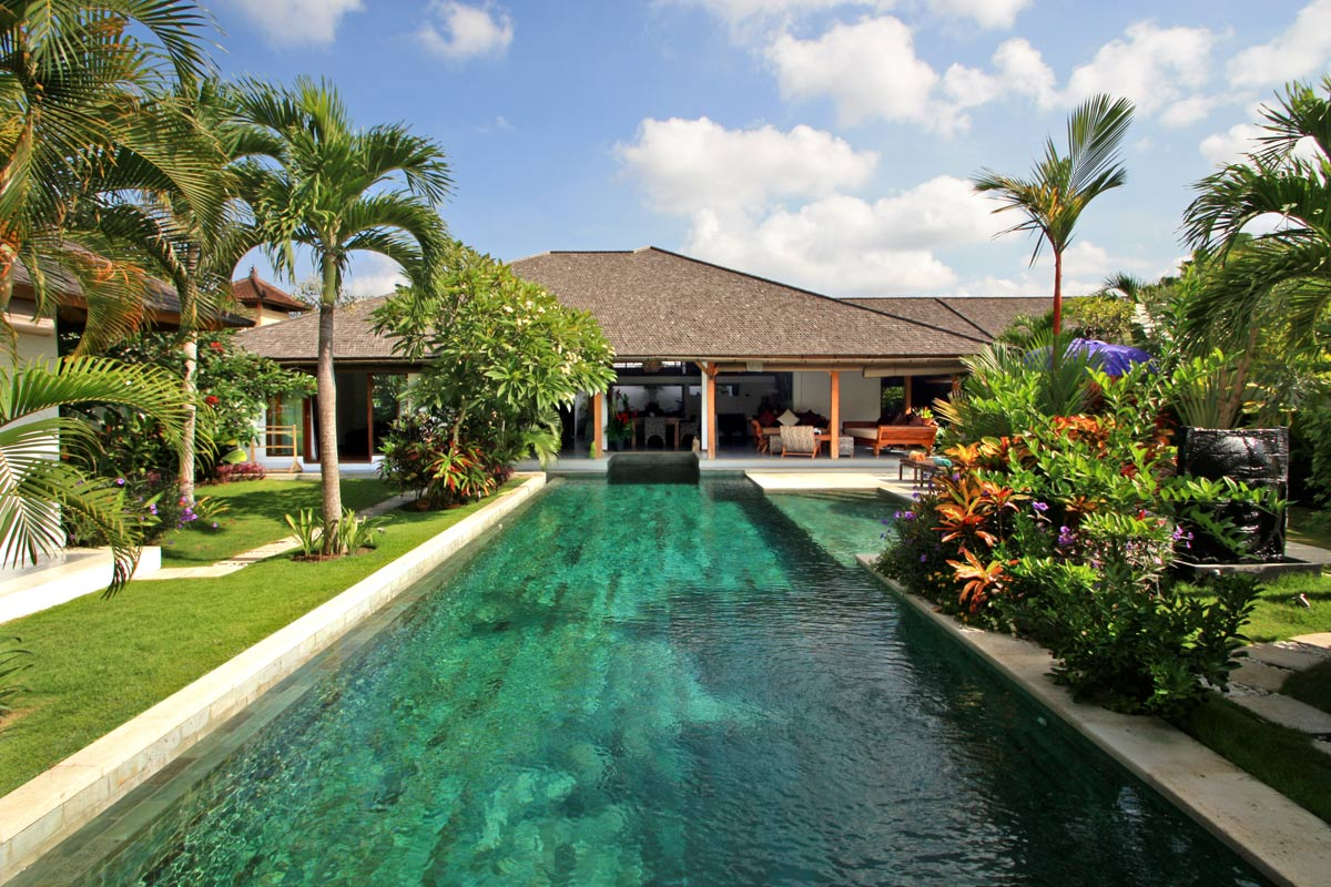 Luxury 3+ villa downtown Seminyak