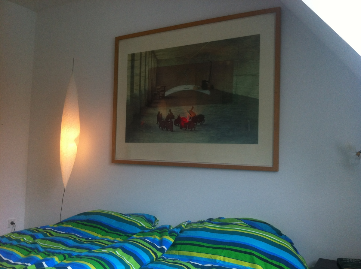 Double bed room in Munich Westend