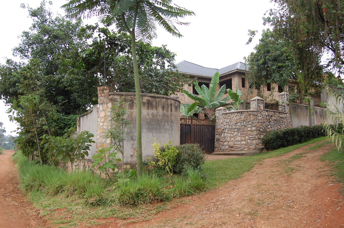 Permaculture Retreat in Lush Valley