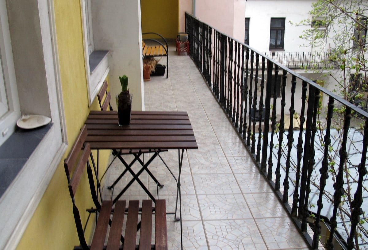 own balcony can be used for outdoor seating