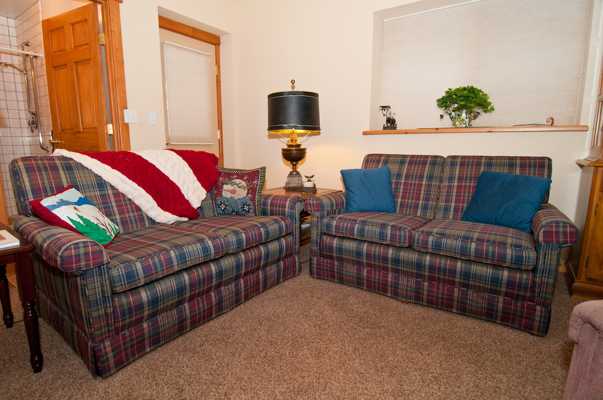 It's Suite! Perfect Place for Two!