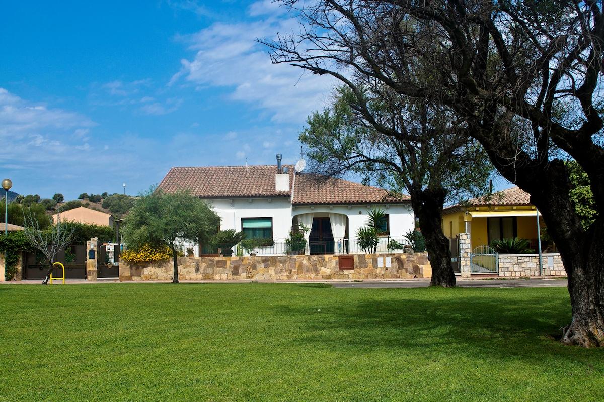 villa bifamiliare....