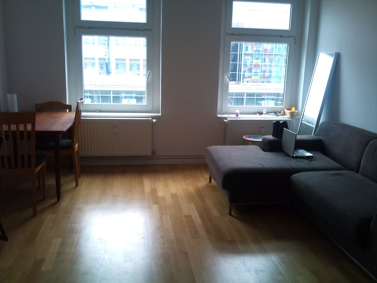 37M2 apartment for 1/2-Hermannplatz