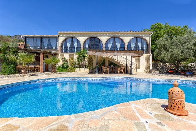 Luxury private country villa, pool
