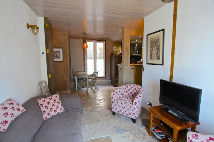 1BR - St Germain / St Sulpice View