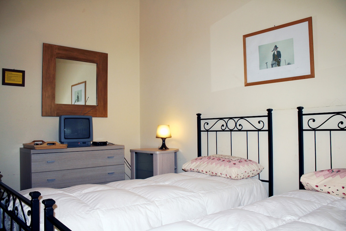 ROME 3 SUPER BEDS CLIMATE&FREE WIFI