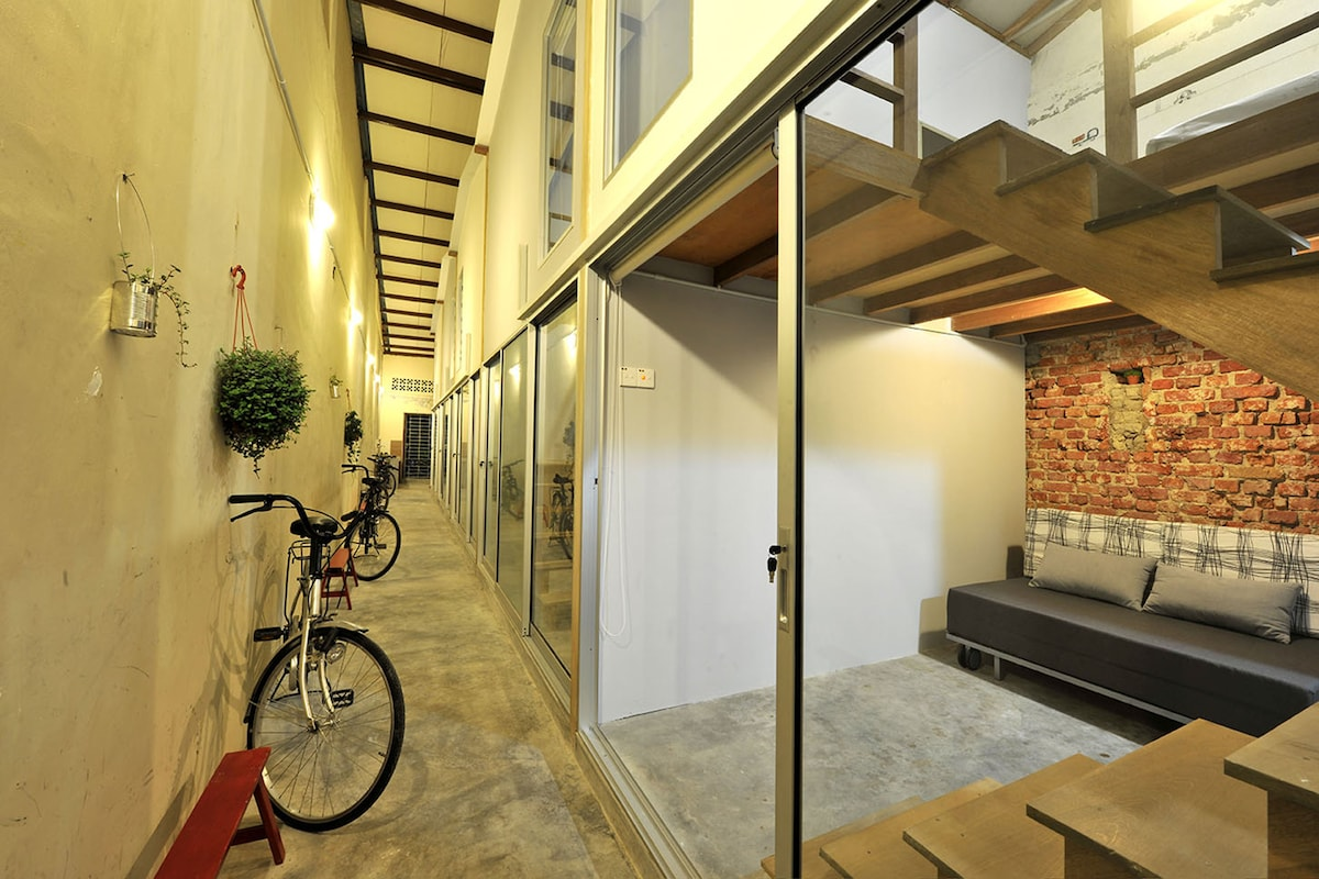 Loft with Private Attach Bathroom