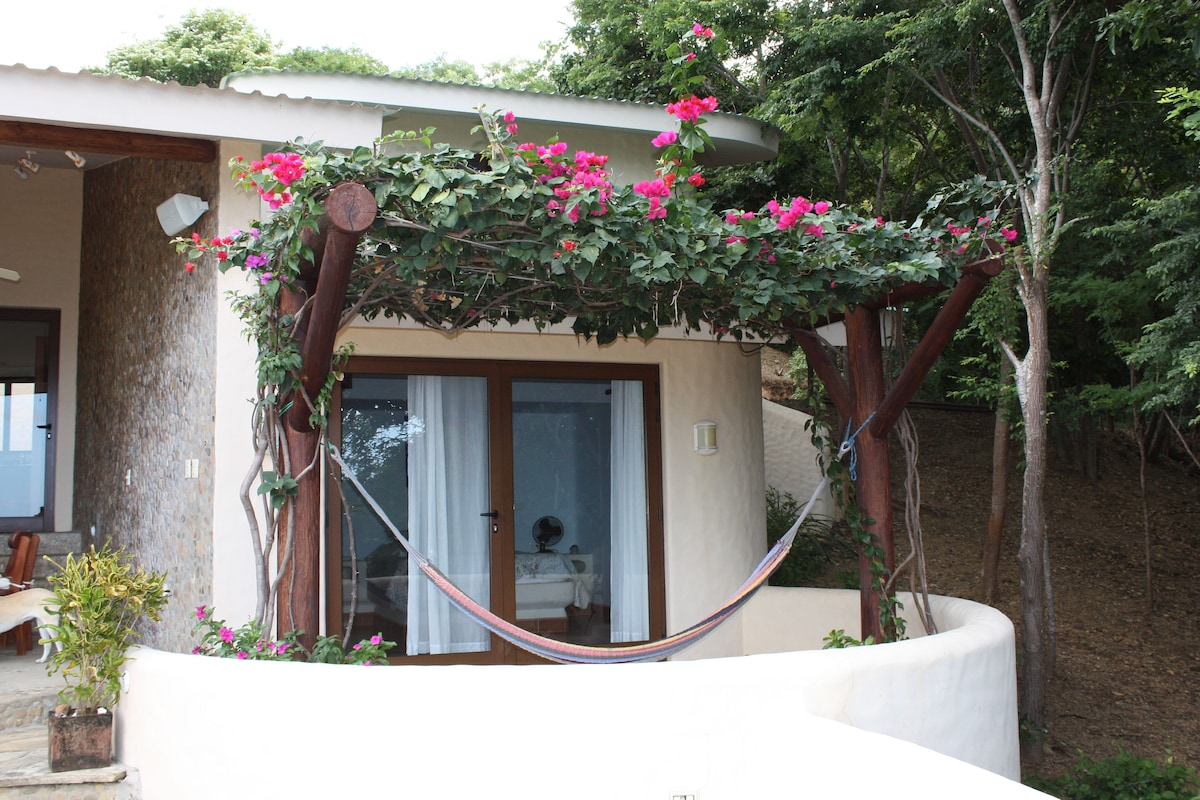 Eco Villa Just 5 minutes from Town