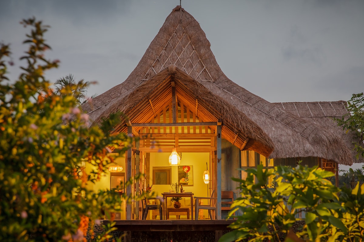 Most romantic design villa in Ubud