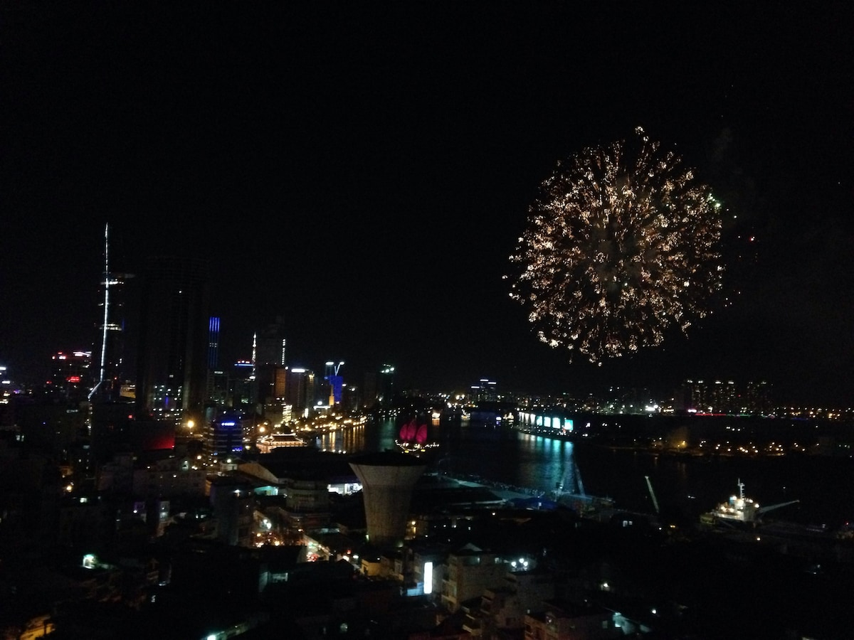 The firework site is just cross the river. Enjoy the show from the apt windows