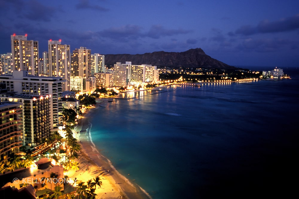 Amazing ocean view room in Waikiki!
