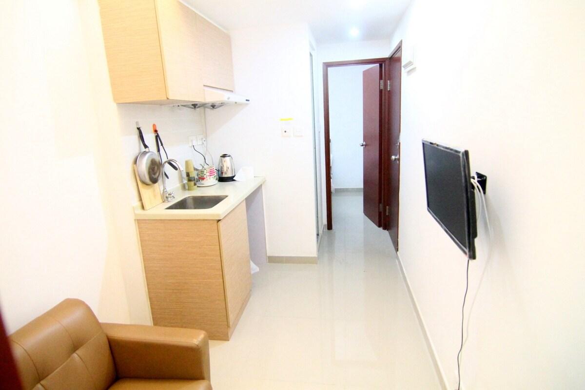 Budget 2 room apt for 4 pax,13F