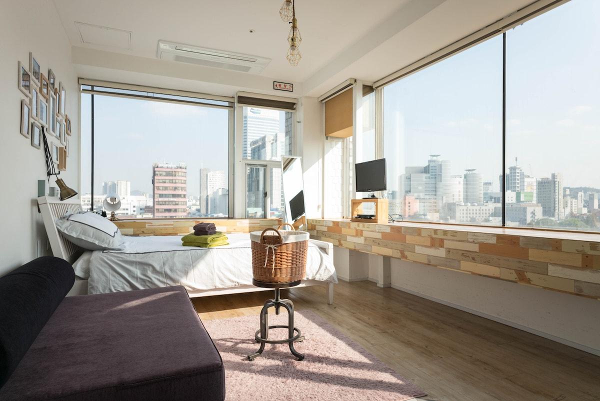 Dongdaemun view room