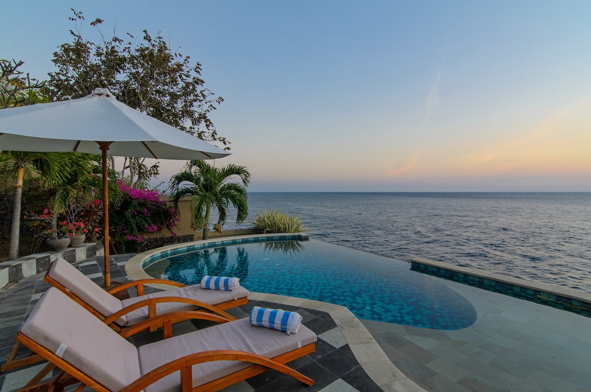 Villa Aquamarine - Blue Ocean Views