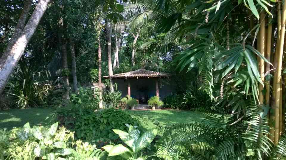 Garden hideaway Ideal to escape the midday sun