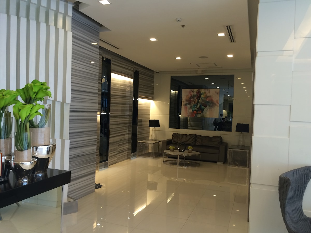 Cozy room in Makati City