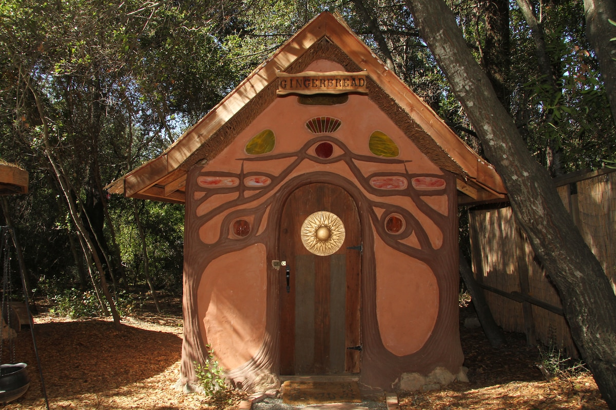 A fairy tale gingerbread house in geyserville for Earth covered homes