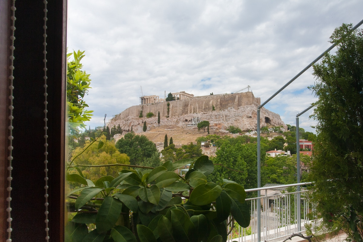 Beautiful View of Acropolis from the bedroom. The whole apartment is at your exclusive use.