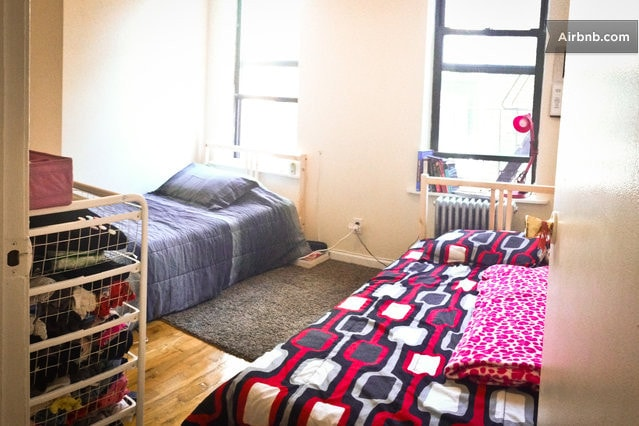 Bed in Midtown West (Female Only)