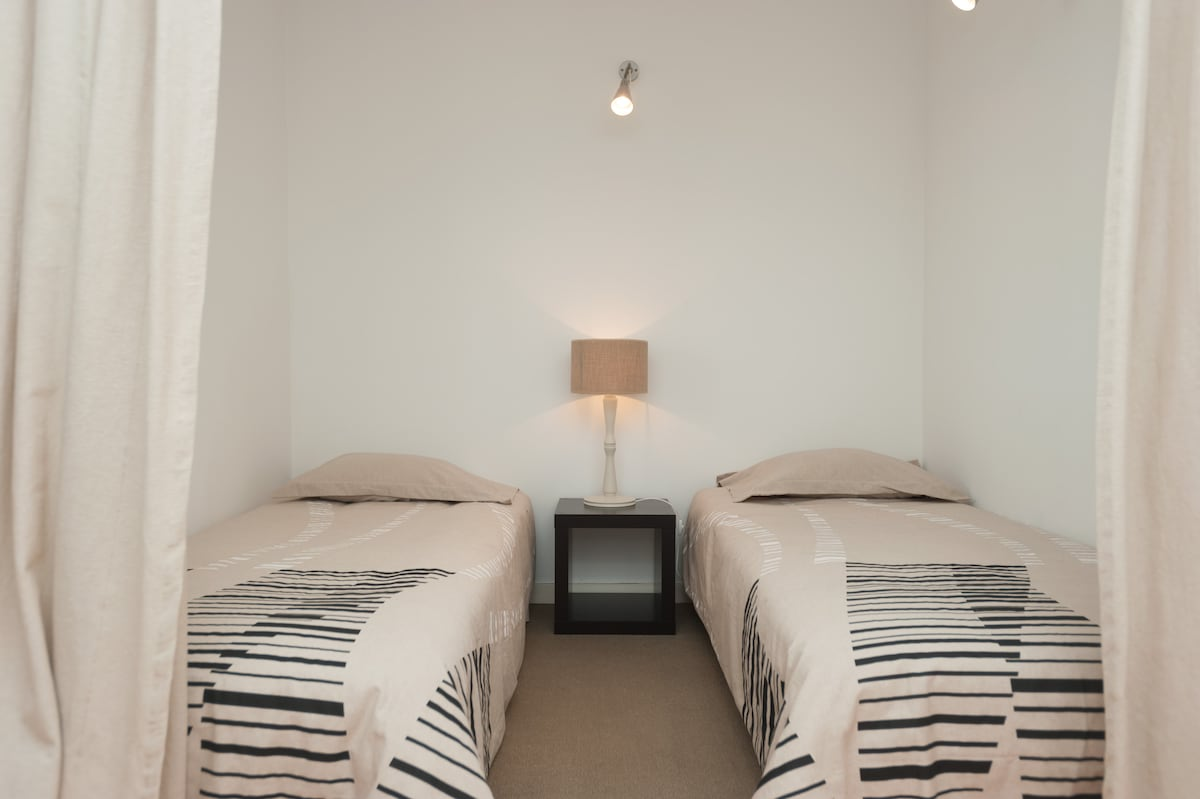 Two confortable single beds