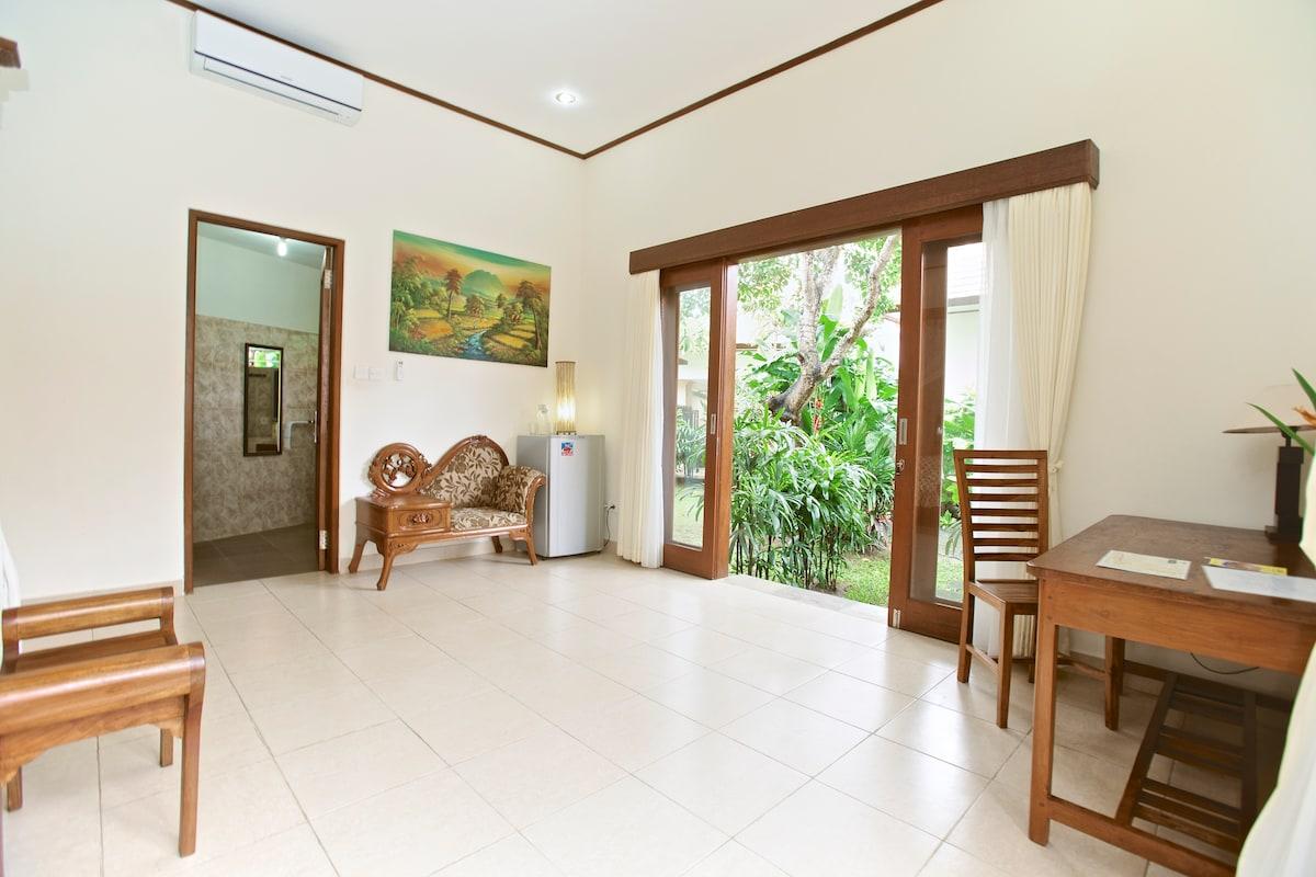 Rent a house (Lakshmi) in a villa.