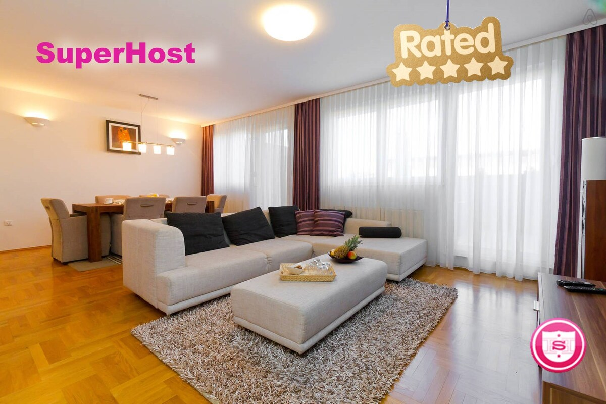 Beautiful Penthouse -Check Guest Reviews Below