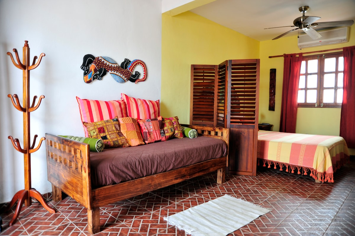 CANCUN GUEST HOUSE # 2