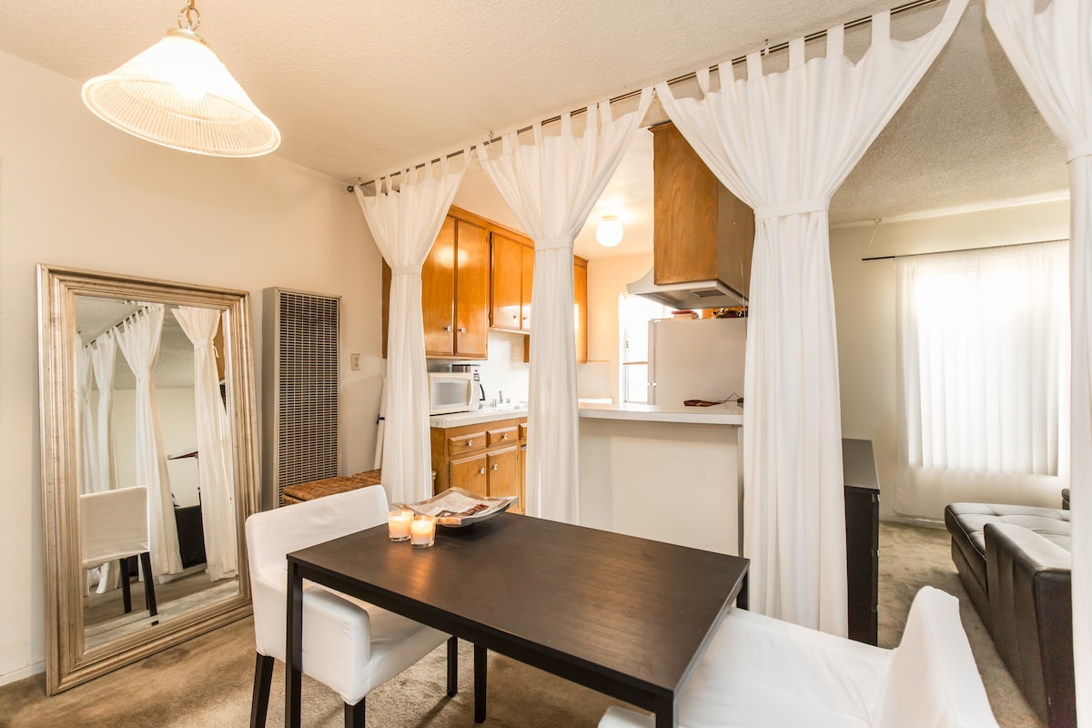 PRIME Hollywood Location Apartment