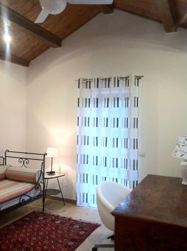 Stanza in Villino indipendente